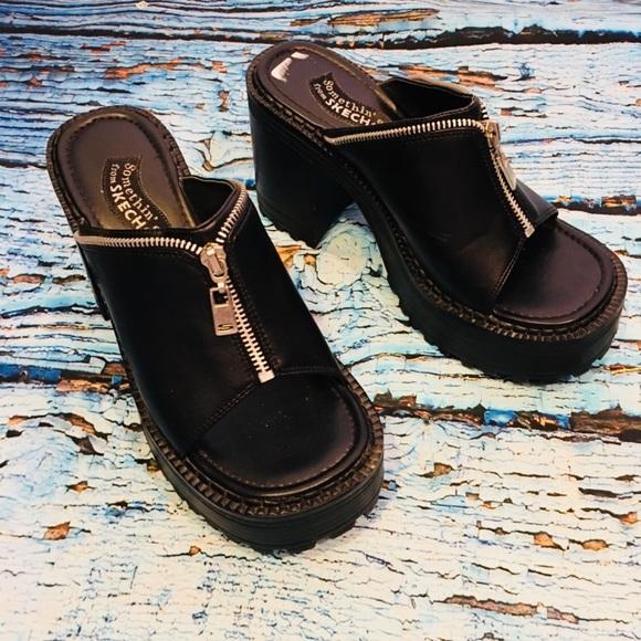 7ae0348a368 Sketchers vintage platform grunge shoes size 7. M 5aa7d444a44dbeea77b65fa0